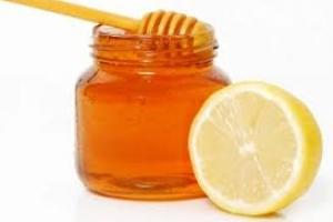 10 lý do bạn nên uống nước chanh mật ong